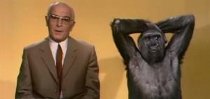 Bernhard Grzimek mit Gorilla